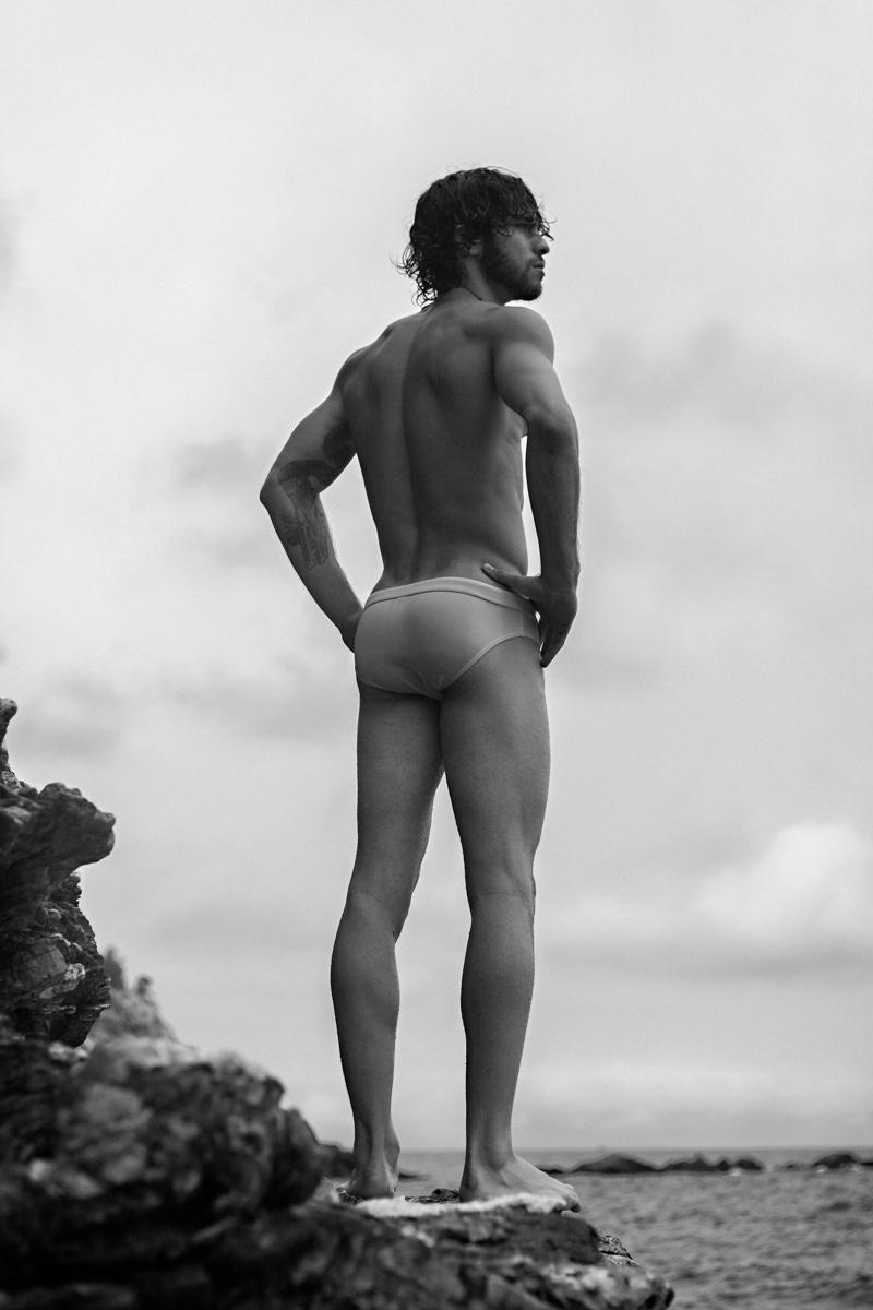 Pedro Arnon-e-Victor Muller-by-Alexis De Lacruz