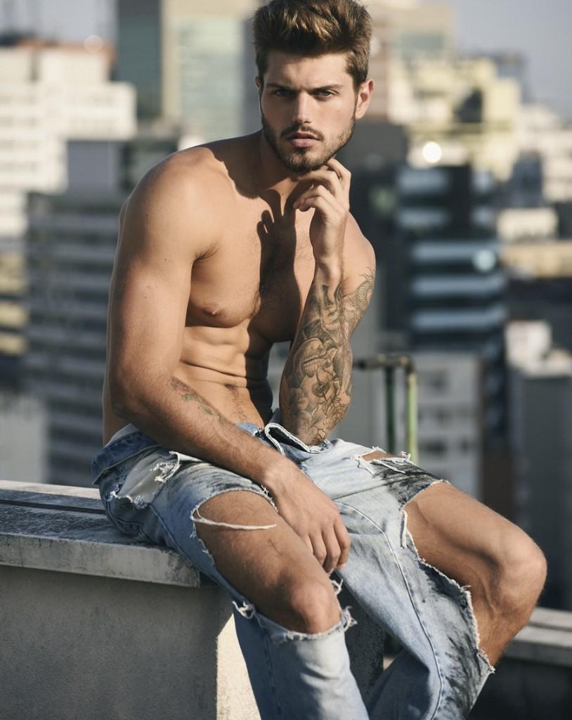 Renato Nicoli by Hudson Rennan