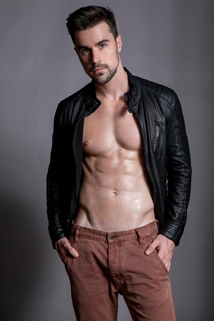 Rodrigo Tetzner by Junior Franch