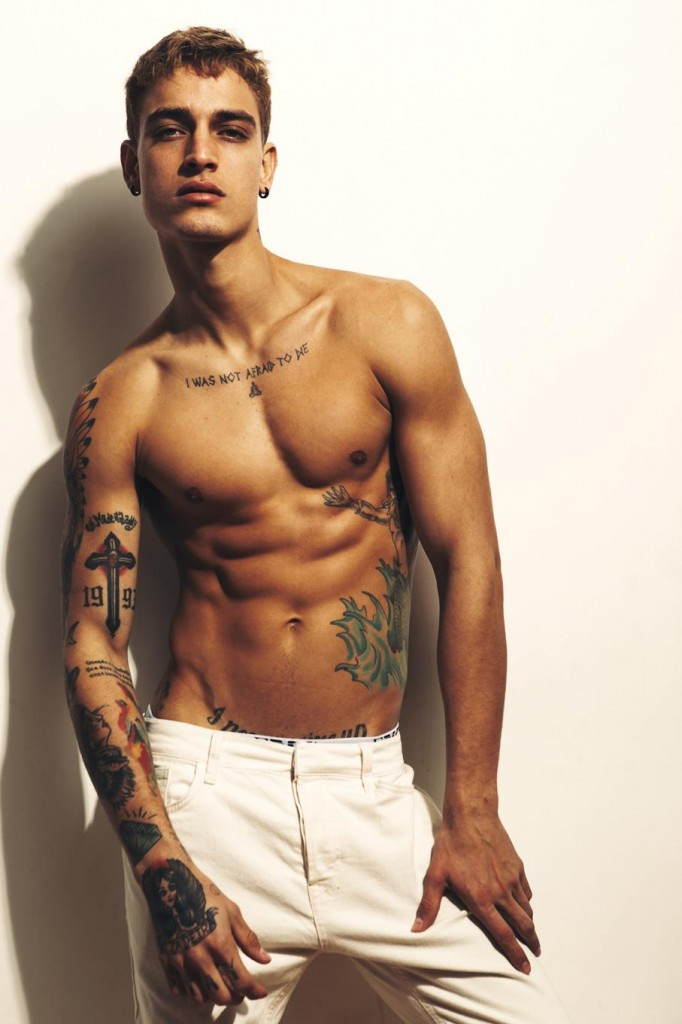 Jonathan Bellini by Bartek Szmigulski for Brazilian Male Model