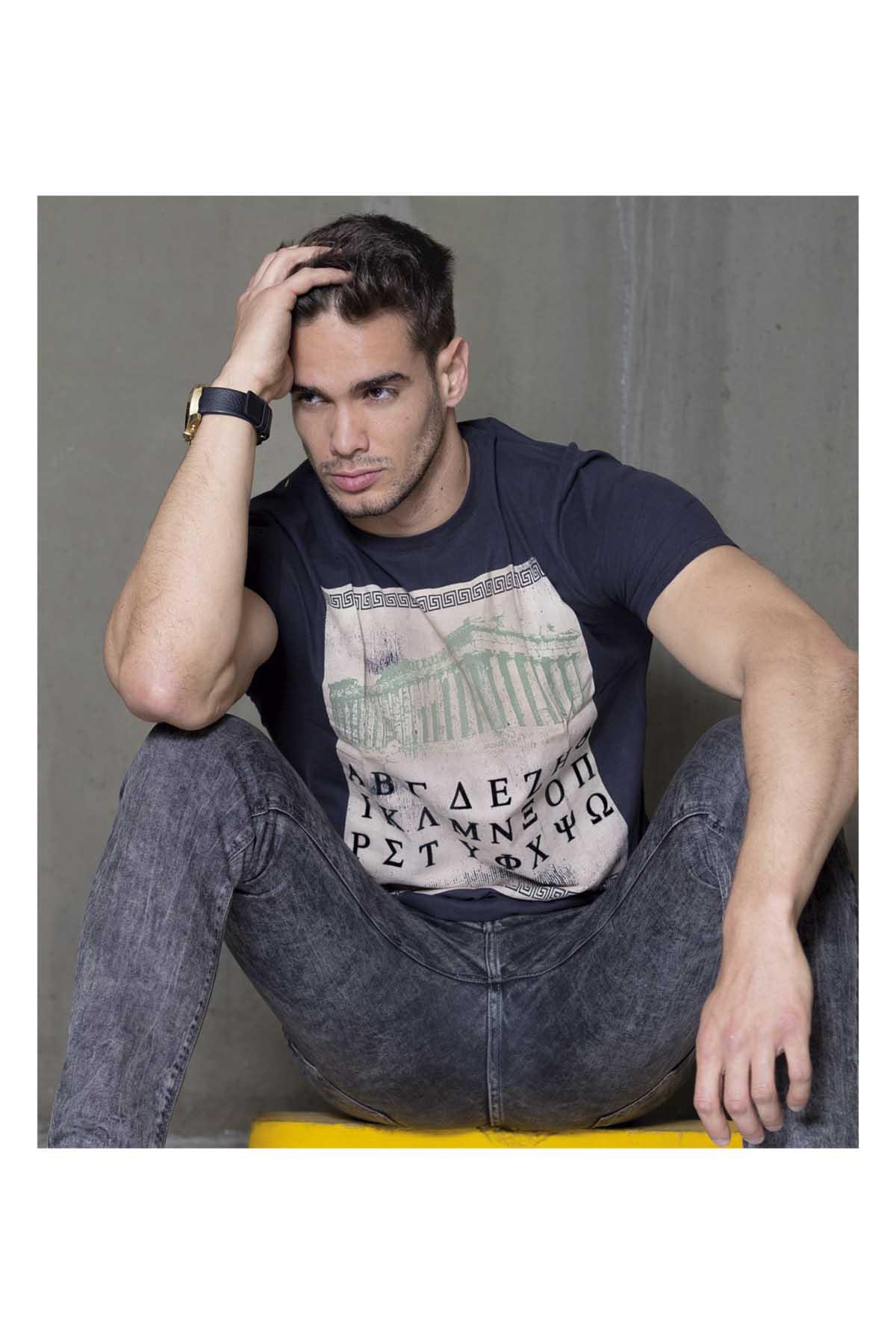 Antônio Silveira by Bernardo Lozano for Brazilian Male Model