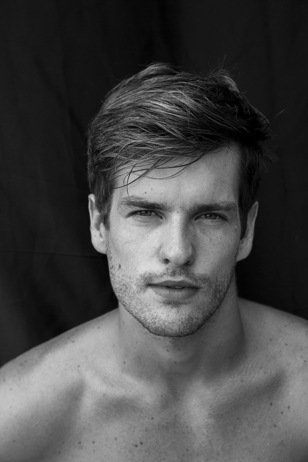 Daniel Grah by Gilson de Rezendeh for Brazilian Male Model