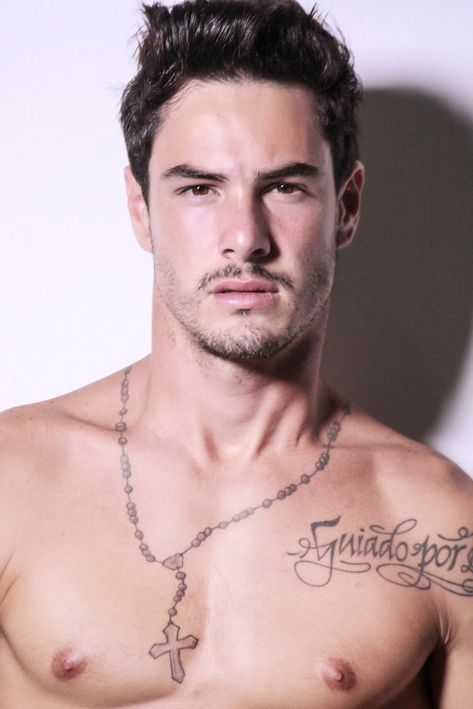 Victor Moura by Andy Bonella