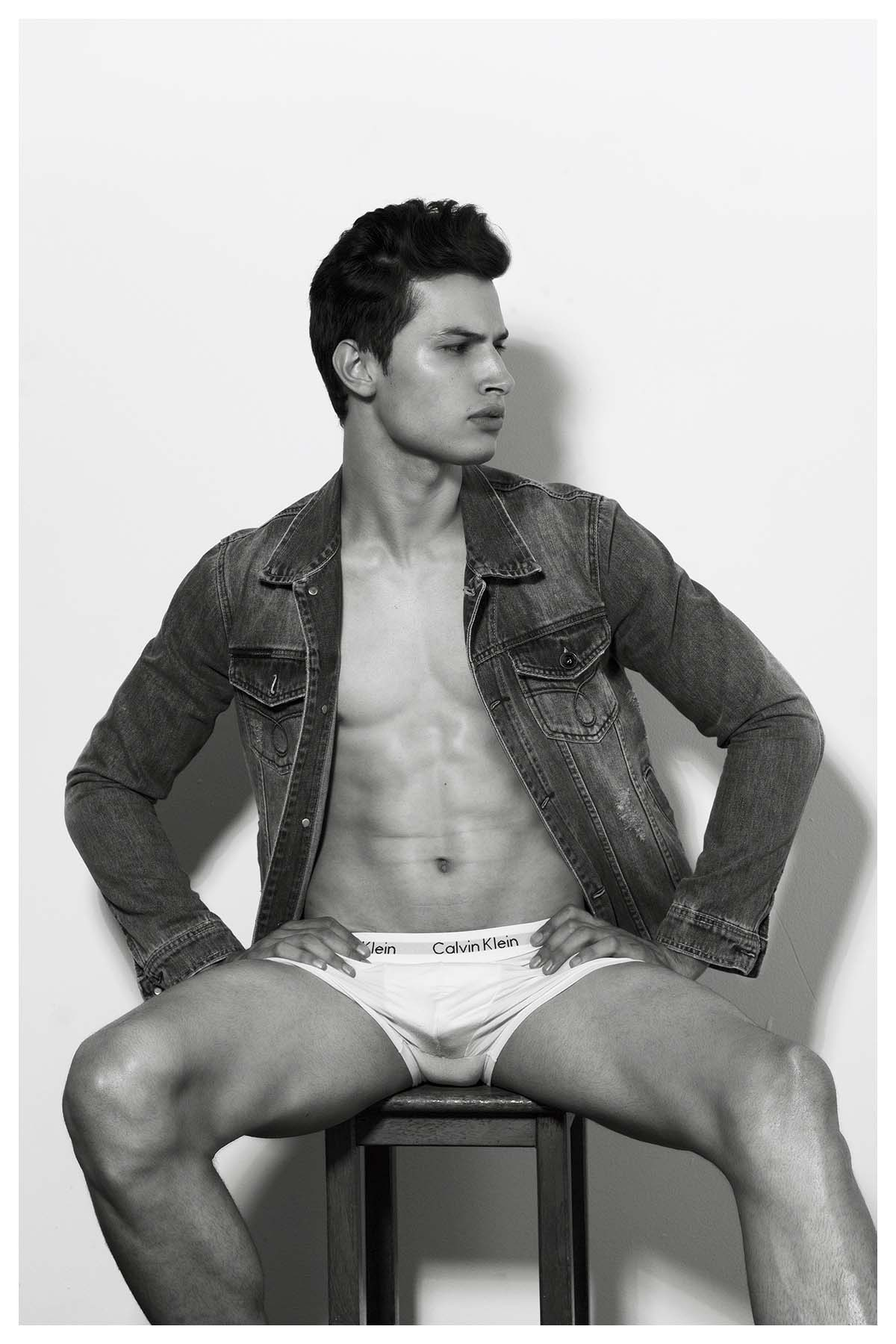 Lucas Queiroz by Rodrigo Moura for Brazilian Male Model