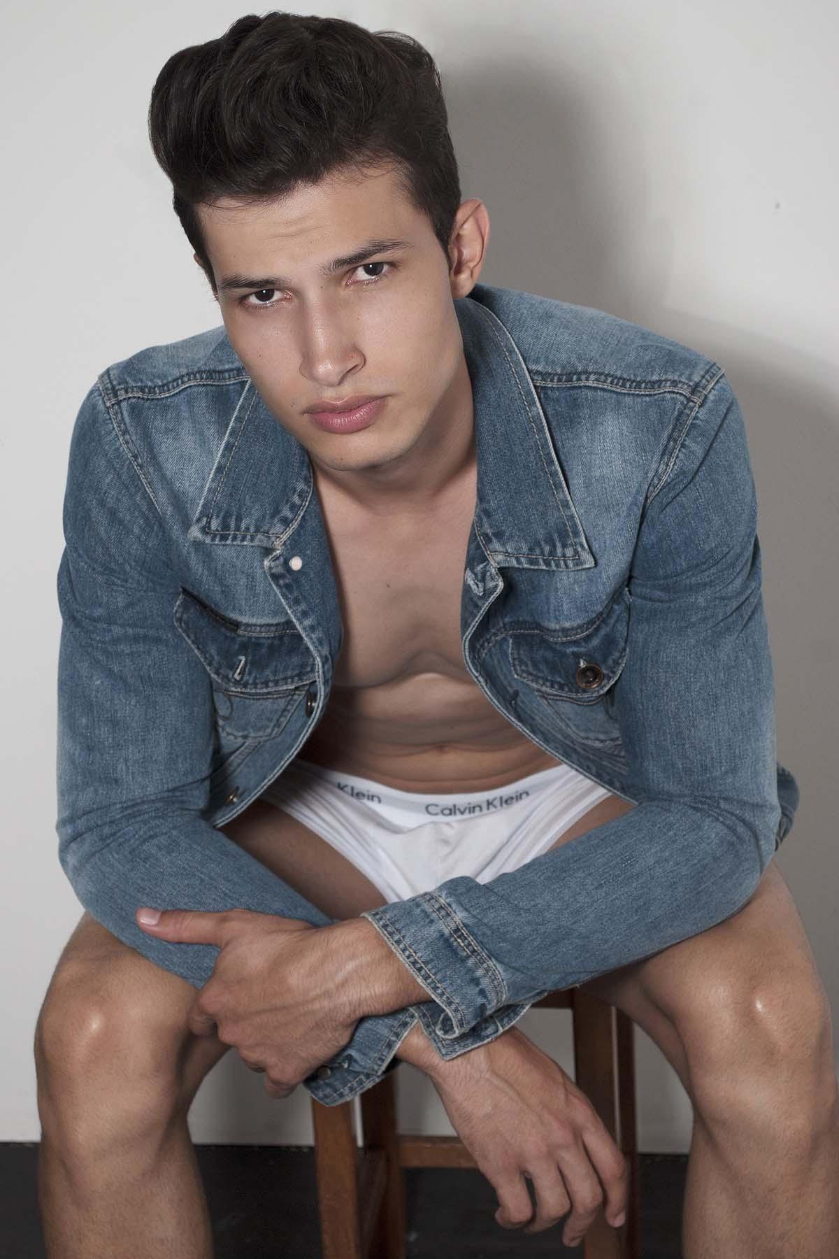 Lucas Queiroz by Rodrigo Moura for Brazilian Male Model