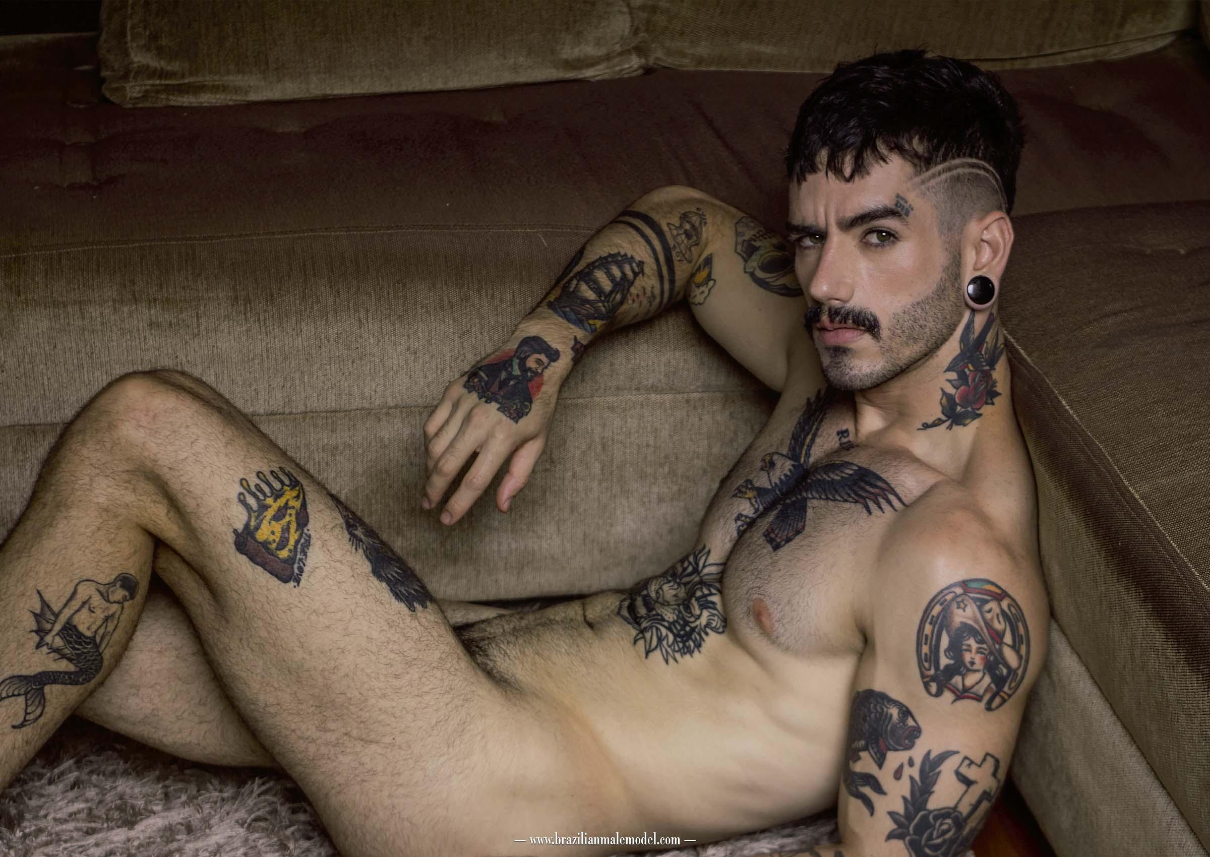 Carz Fill by Vinicius Costa – Brazilian Male Model Magazine #2