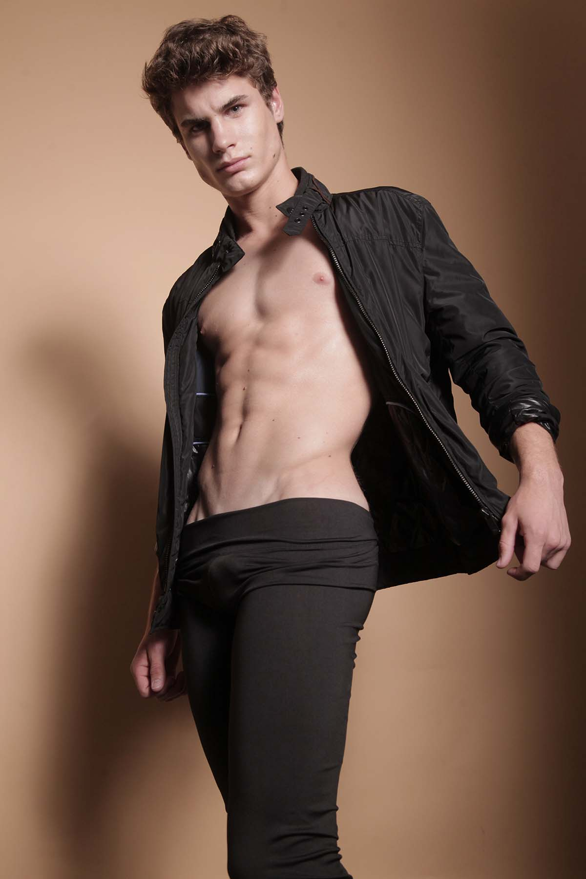 Gabriel Lopes by Junior Franch for Brazilian Male Model
