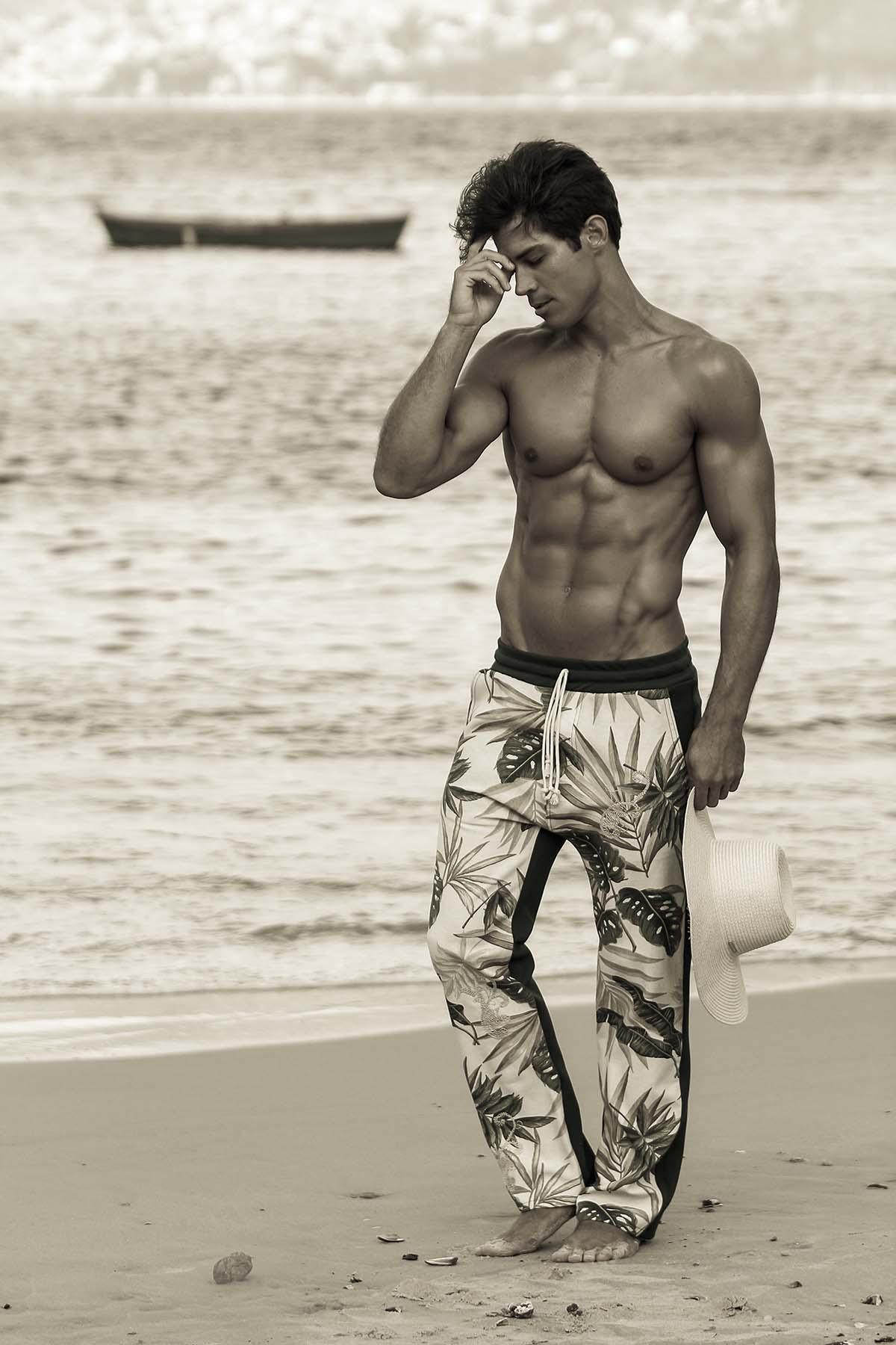 Carlos Freire by Marcio Farias for Brazilian Male Model