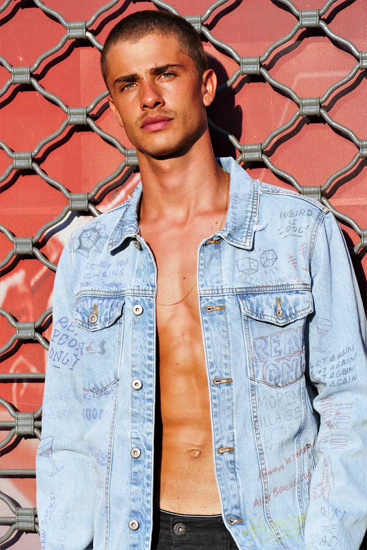 Aran Buenno by Hans Weiser for Brazilian Male Model