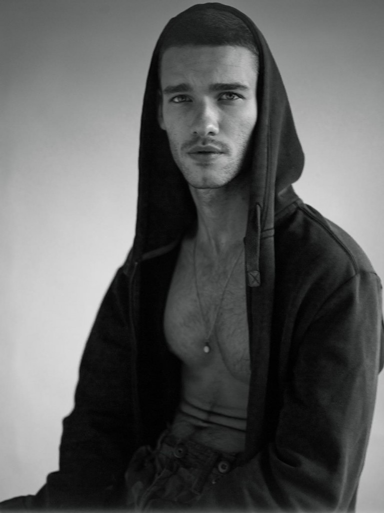 Luigi Ficarelli by Michel Guillaume for Brazilian Male Model