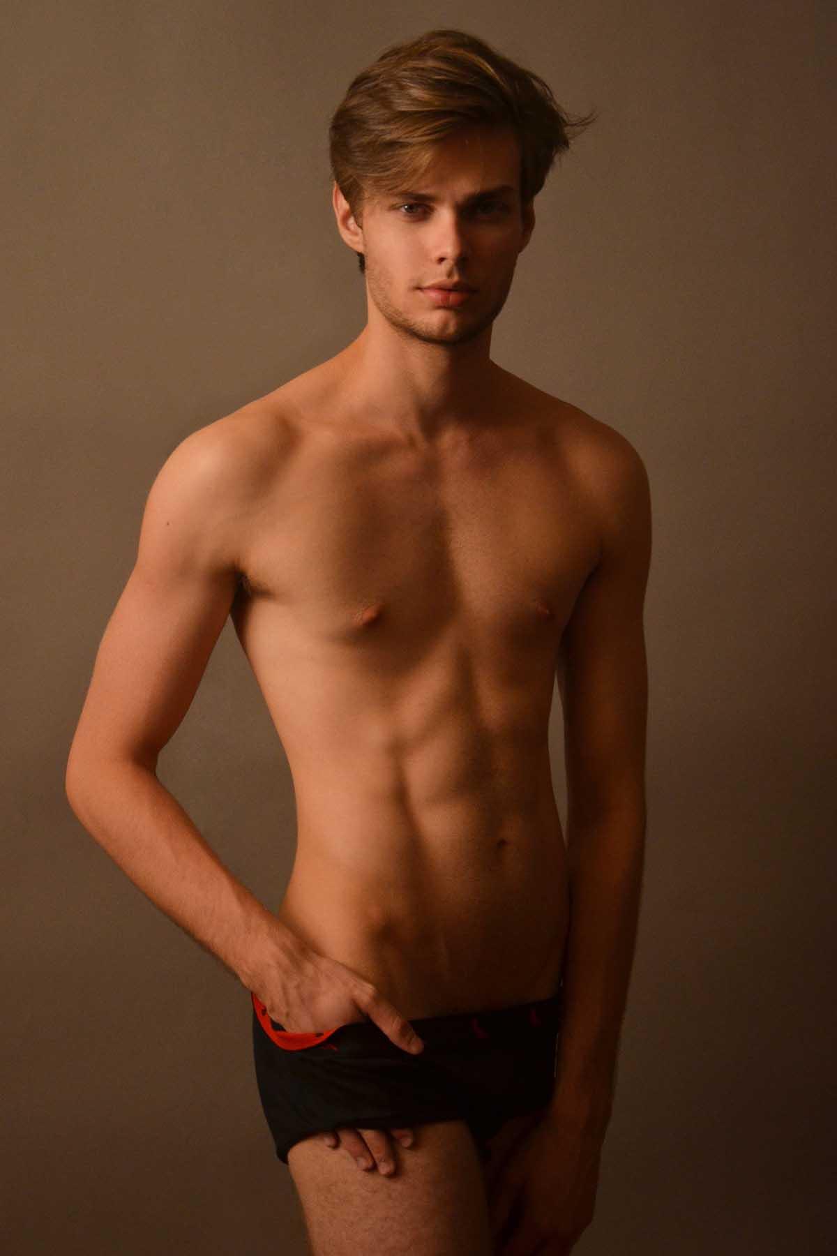 Alex Bombonato by Alvaro Toledo Leme for Brazilian Male Model