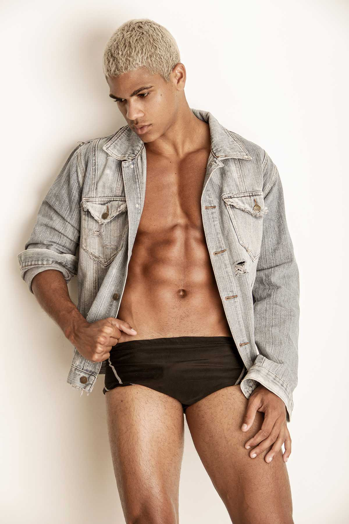 Victor Pinheiro by Marcio Farias for Brazilian Male Model