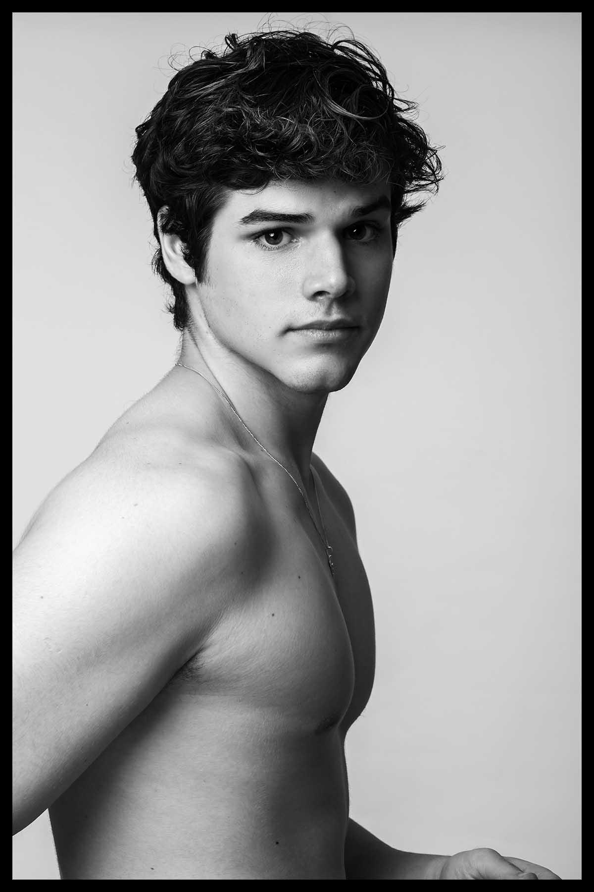 Igor Marot by Ronaldo Gutierrez for Brazilian Male Model