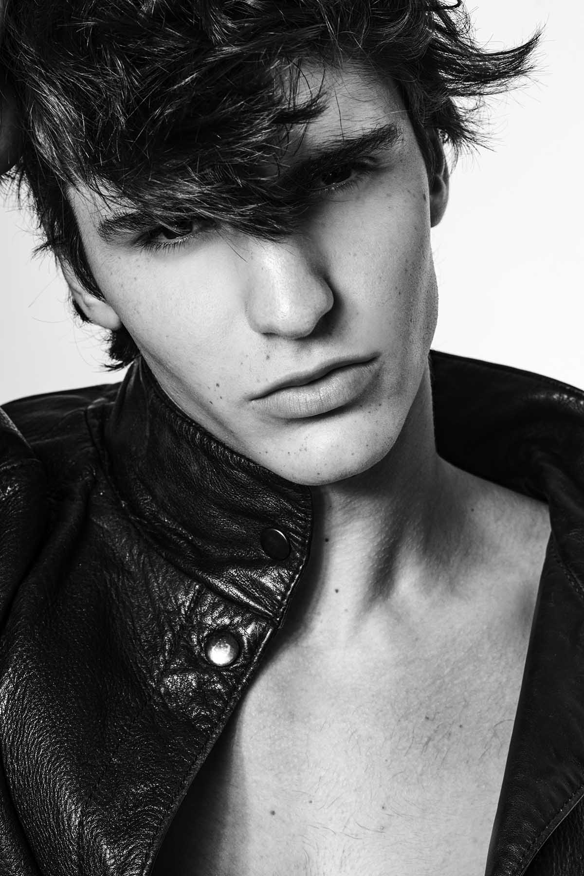 Theo Bove by Leandro Ramos for Brazilian Male Model