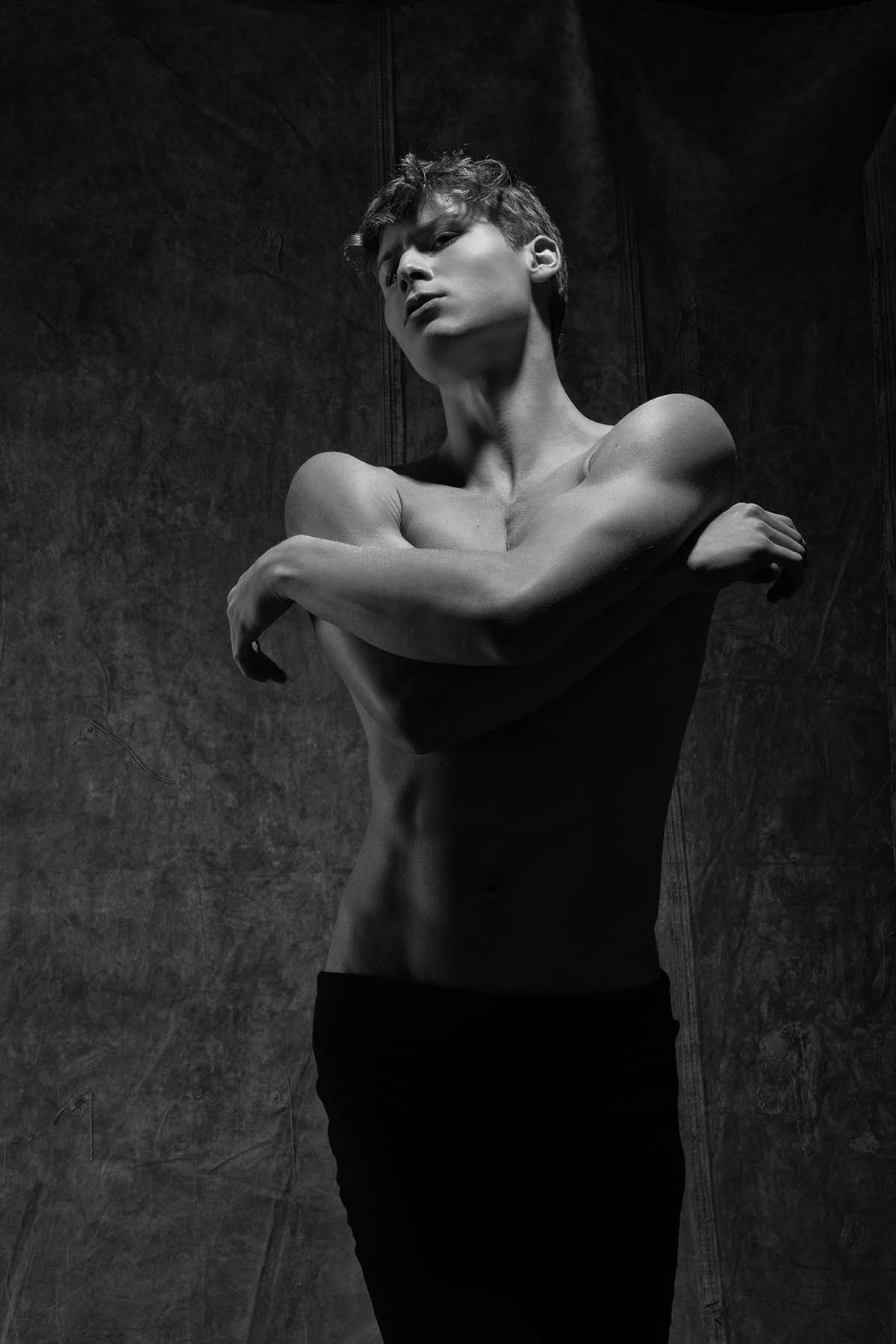 Henrique Drummon by Henrique Monducci for Brazilian Male Model