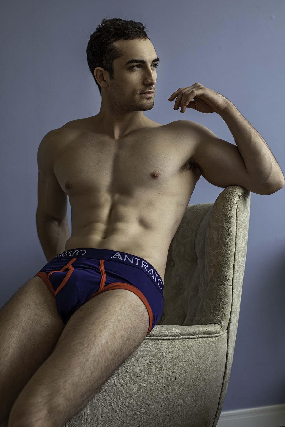 Arthur Branco by Ronaldo Gutierrez with Antrato for Brazilian Male Model
