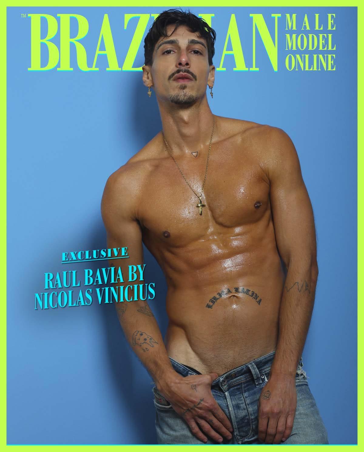 Raul Bavia by Nicolas Vinicius